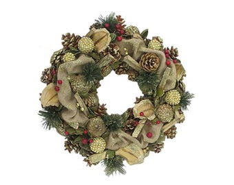 30cm Natural Christmas Wreath With Hessian Finish