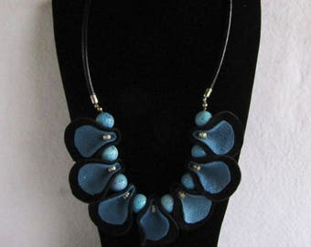 Black and blue leather necklace