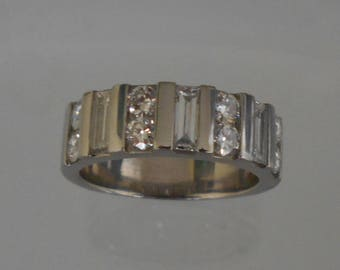 Exceptional quality diamond platinum ring