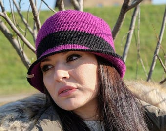 READY TO SHIP Women winter purple and black hat. Wool hat. Crochet hat. Crochet winter brim hat.