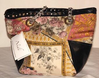 Rose bag-002 Nests Art