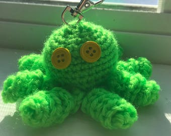 Crochet octopus keychain // green octopus // stuffed keychain