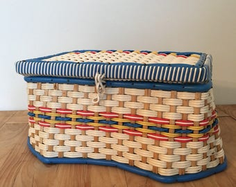 Vintage Wicker Sewing Basket Box Size 24cm x 19cm