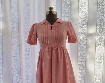 70s Laura Ashley dress // Cotton midi dress // Small shirtwaist dress
