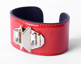 Leather bracelet, gold finish , Swarovsky crystals