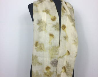 Merino wool scarf with tagetes flower ecoprint.