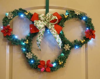 Minnie Light-up Christmas Wreath