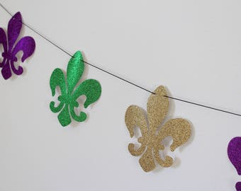 Mardi Gras Banner; Mardi Gras Decorations; Mardi Gras door hanger; Mardi Gras backdrop; Mardi Gras decor; Glitter Fleur De Lis Banner
