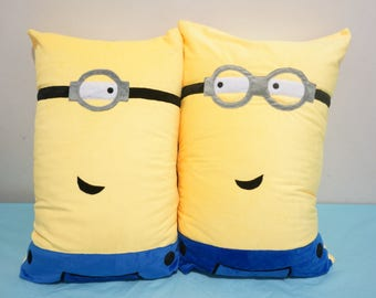 Minions Velvet Cotton Couple/Friends Pillow Covers