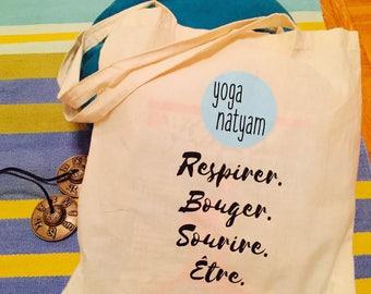 Bag yoganatyam breathe. Move. Smile. To be.