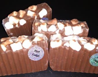 M&P Peppermint Fudge Bar Soap