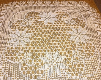New Crochet Tablecloth