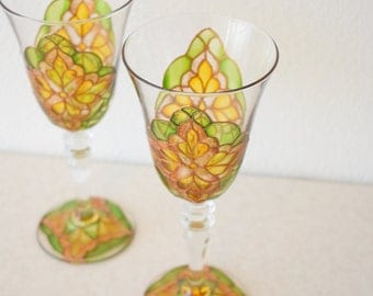 "Champagne Flutes, Wedding Toasting Glasses,olive and gold , Royal Wedding, HAND PAINTED, Set of 2,stemwarethe, ""Royal glasses"""