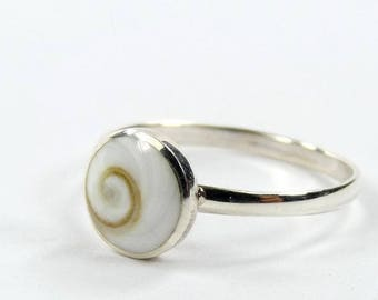 Eye of Saint Lucia & silver handmade ring.