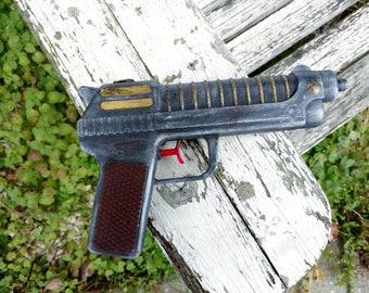 20th Century Cosplay Gun / Realistic Costume Gun / Costume weapon / Cosplay Weapon / Toy Gun / One of a Kind / Inexpensive Cosplay Weapons