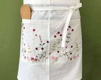 Embroidered cotton apron 2 pocket; White apron with red, pink, green flower; Wedding, birthday, easter, anniversary, housewarming gift