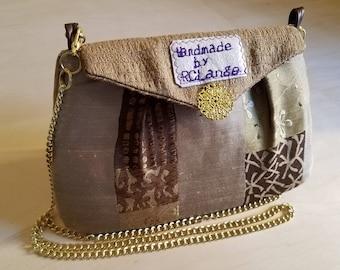 Brown Zen Shoulder Bag With Gold Chain