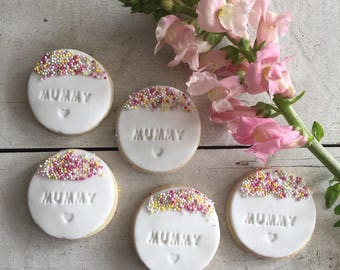 Pretty Mother's Day Iced Biscuit Gift Box including 6 hand made and decorated sugar cookies in a ribbon wrapped gift box