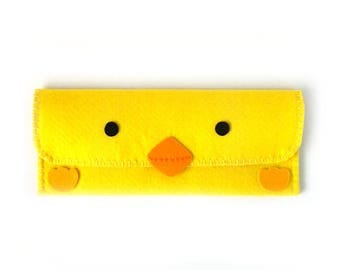 Chick Long Pouch