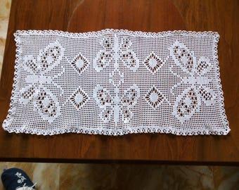 Centrino All Crochet Filet