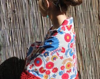 Handmade Mantoncillo in cotton fabric, crochet and fringed silk/Flemish shawl