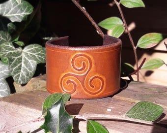 Triskele leather bracelet