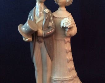 Lladro Lladró Figurine Bride and Groom Wedding Couple 4808 Cake topper