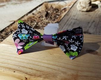 Small Dog Cat Bow Tie Accessory - Multicolored Flower Pattern