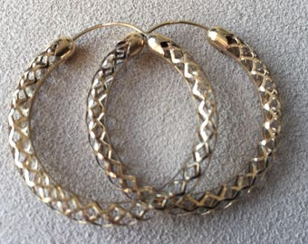 9ct Gold filigree creole hoop earrings from late 1980's