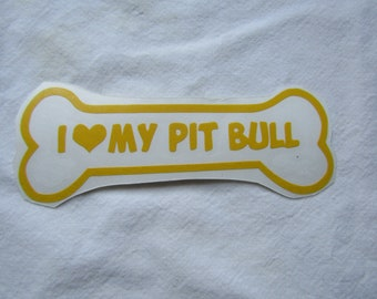Small- I Heart My Pit Bull Decal
