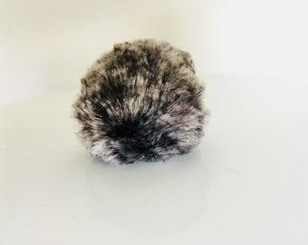 Babbity Rabbity faux fur pom pom