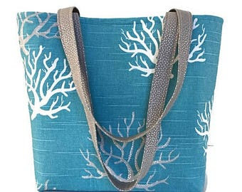 Ocean Blue Tote bag, Beach theme Tote bag with pockets, shoulder bag, Work Tote bag, Craft Bag, Large handbag, Library book bag, Deesdeesign