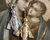 SALE VIRGIN MARY Medal Vintage Religious Small Figural Germany