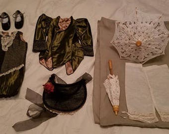 Handmade French Doll Outfit 6 pieces Green Vevet, Lace Elegant ! FDOT 1