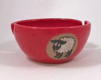 Sheepy yarn bowl with two slots in red