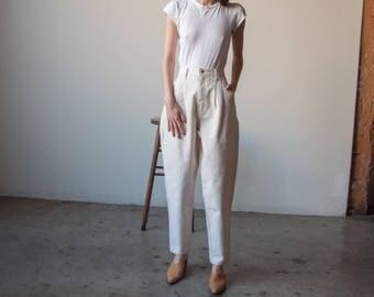 BILL BLASS cream high waist pleated jeans / baggy jeans / vtg 80s mom jeans / US 12 / 28 w / 3078t / B10