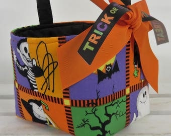 Mini Size - Halloween Trick Treat Candy Bag - Fabric Basket Bucket - Ghosts - Spider - Skeleton - Personalized Name Tag Applique Available