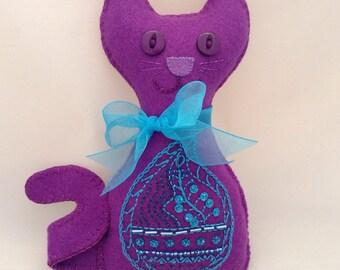 Felt Cat   Purple Cat