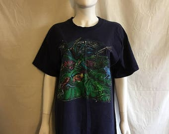 Closing Shop 40%off SALE FROG t shirt, 90s frog t shirt Navy Blue