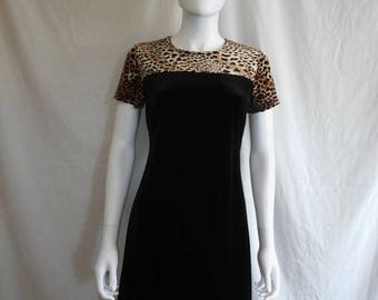 Closing Shop 40%off SALE 90s short black cheetah  velvet dress size M medium