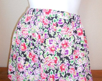 Closing Shop 40%off SALE Vintage Vtg floral shorts HIGH WAISTED   Victoria's Secret   size M    summer spring