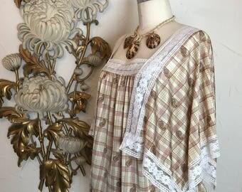 1970s blouse hankie blouse kimono blouse size medium vintage blouse kaftan top paisley angle sleeve shirt 70s top behemian blouse