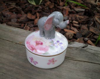 Vintage Elephant Ceramic Jewelry Box - Retro Otagiri Floral Mist Pattern Jewelry Holder / Storage / Trinket Box - Animal Home Decor Gift