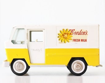 Vintage Buddy L Dairy Truck, Borden's Dairy Delivery Truck, Elsie the Cow