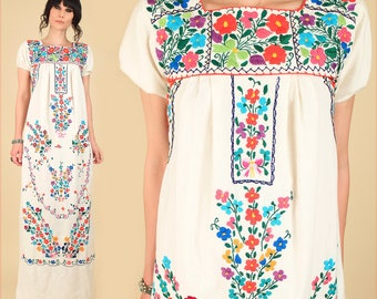 ViNtAgE 70s Floral Embroidered Mexican Maxi Dress // Cotton Artisan Handmade Hippie BoHo Summer Small S
