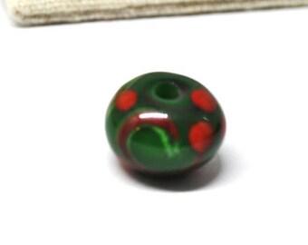 Green red swirled viking bead