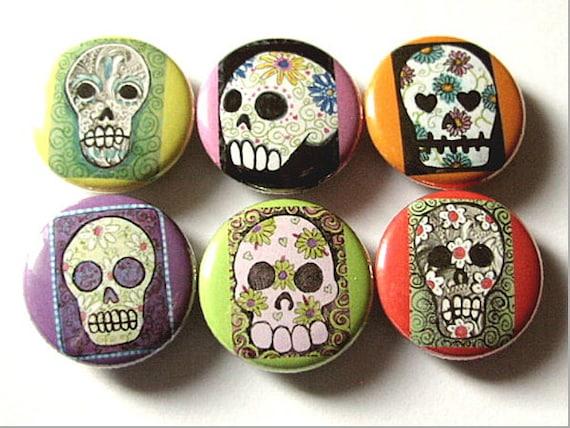 Day of the Dead Button Pins Sugar Skulls Dia De Los Muertos badges wedding shower skeleton calavera party favors gifts magnet set goth