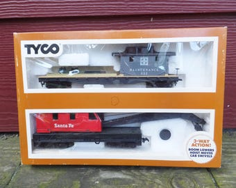 Tyco Model Train Operating Crane Car with Boom Tender No. 932 Model Train HO Scale Train H0 Scale Crane Car Santa Fe Model Train Accessories