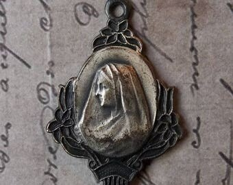 CLEARANCE SALE Very Rare Mint Art Deco Floral Blessed Virgin Mary & Sacred Heart Of Jesus French Holy Medal