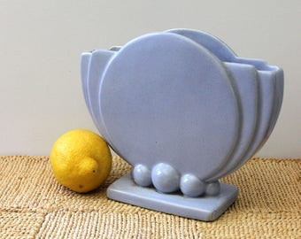 Art Deco Periwinkle Vase, 1930s or 1940s design.